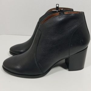 Frye Nora Zip Short Heel Leather Booties